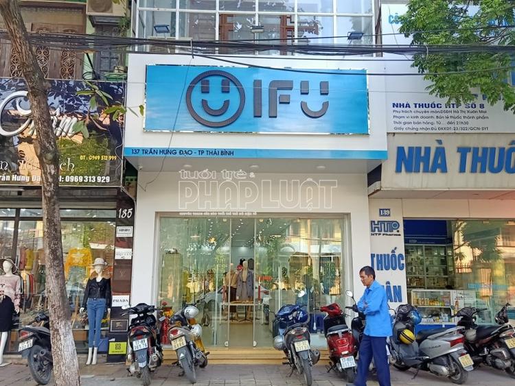 Cục QLTT Thái Bình: Tạm giữ 414 sản phẩm quần áo thời trang nữ các loại được may mác và gắn thương hiệu IFU có dấu hiệu vi phạm về nhãn hàng hóa và nguồn gốc xuất xứ hàng hóa.