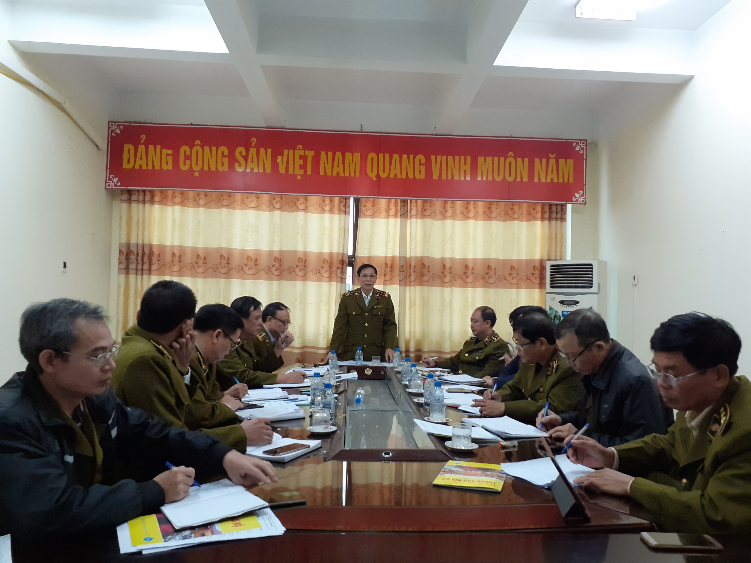 Cục QLTT Thái Bình tổ chức Hội nghị giao ban  tháng 11 năm 2019, triển khai nhiệm vụ tháng 12 năm 2019