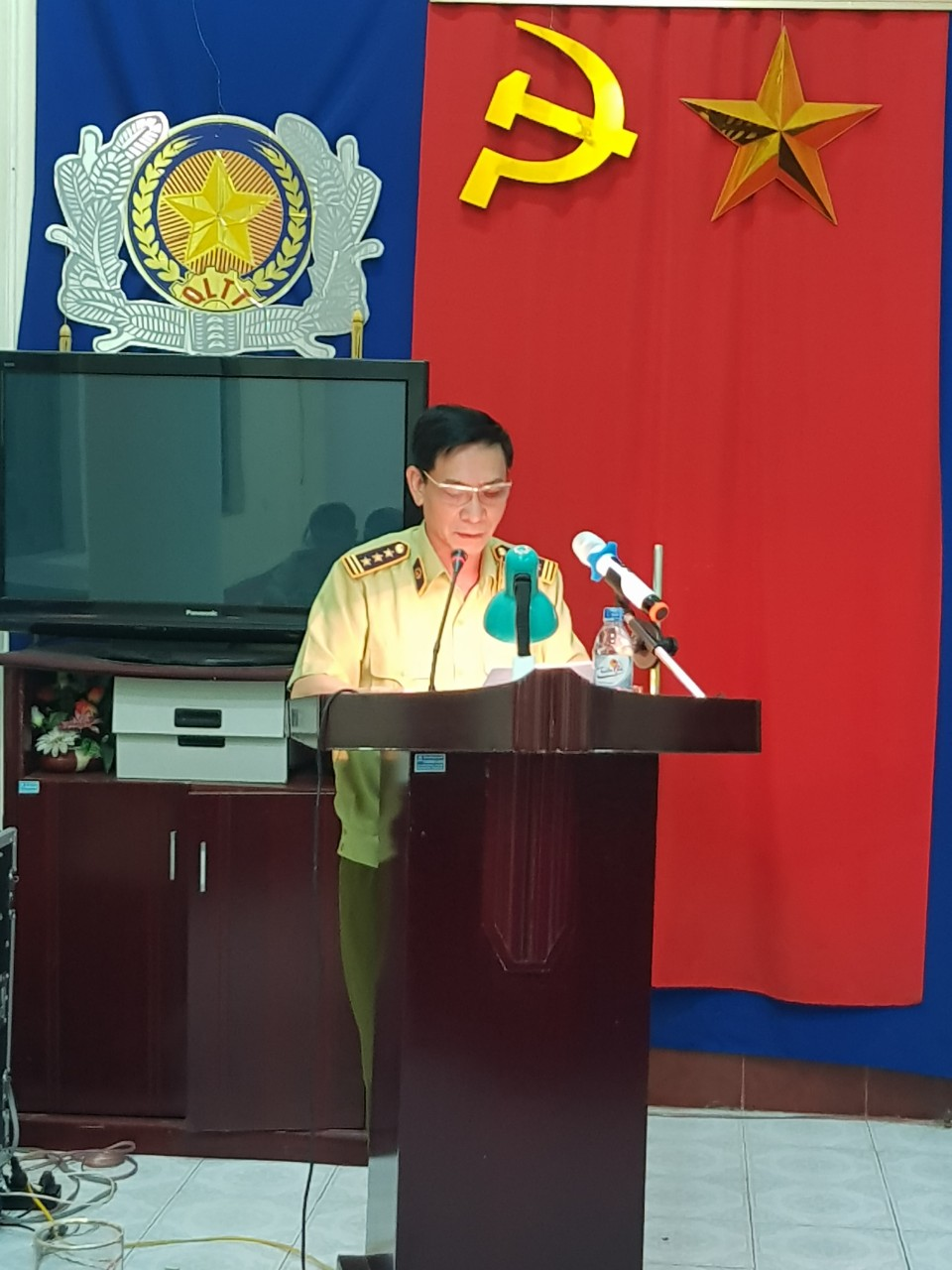 Đảng ủy Cục QLTT: Tổ chức Hội nghị học tập, quán triệt và triển khai thực hiện các Nghị quyết, Chỉ thị, Kết luận của Bộ Chính trị và Ban Bí thư Trung ương Đảng và các Nghị quyết của Tỉnh, Đảng bộ Thái Bình khóa XIX.